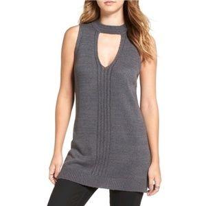 ASTR Women's Choker Style Sleeveless Tunic Size M